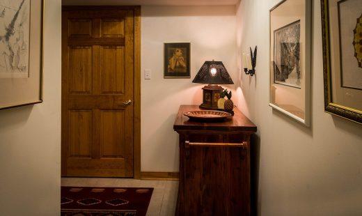 Pourquoi choisir du papier peint trompe l'œil pour couloir ?