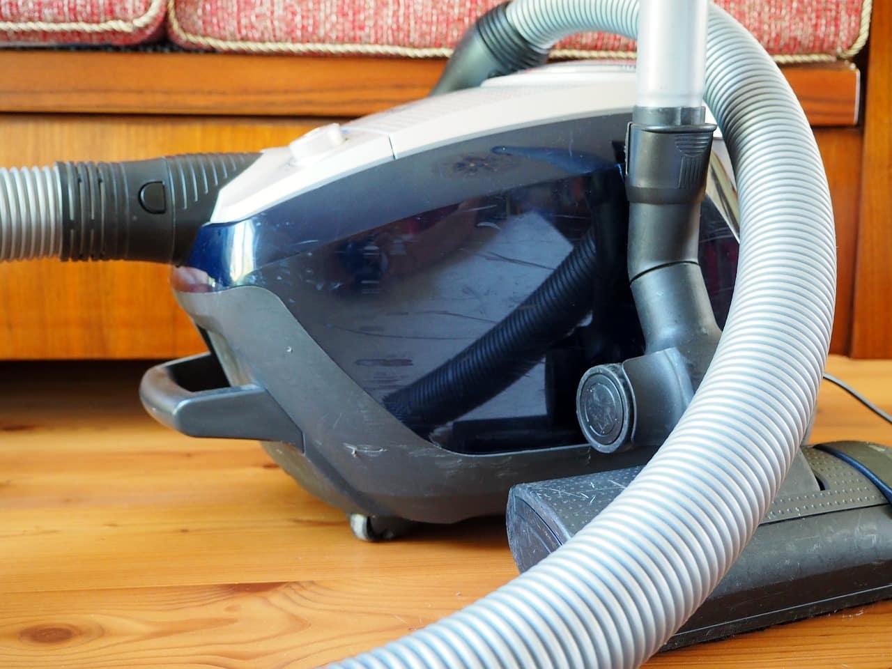 Comment changer le sac d'aspirateur Karcher?