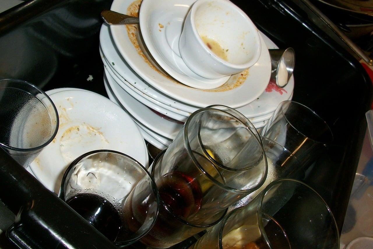 Comment déboucher un lave vaisselle?