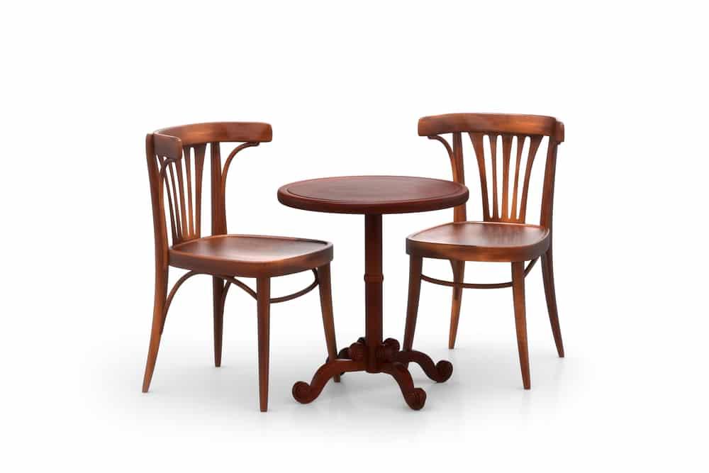 Chaise Baumann, tout savoir sur l'origine de ce meuble