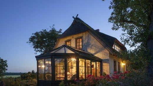 Quels sont les avantages de la véranda pour agrandir sa maison ?