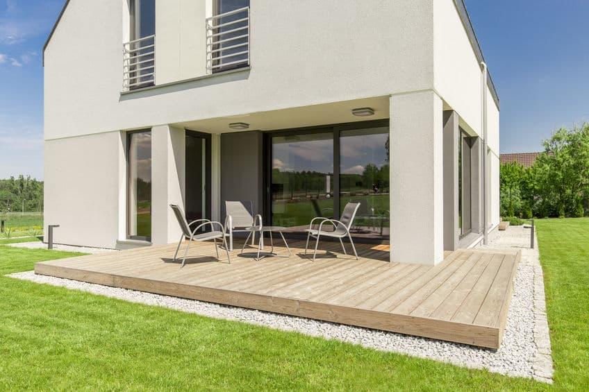 Comment poser une terrasse en bois?