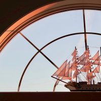 Décorez votre intérieur avec une maquette de bateau déjà montée